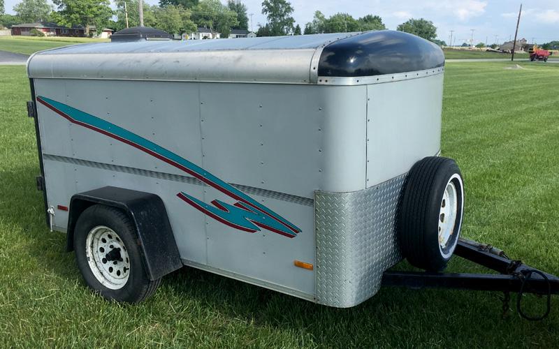 covered trailer rental